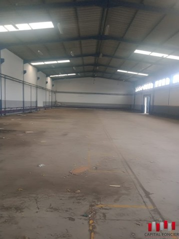 Site industriel  de 2200 m2 zone industrielle bouskoura a la location
